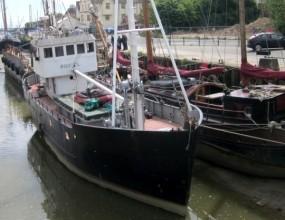 Steel motor boat, 23m, conversion project, live aboard.