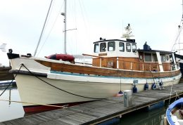 MJ Lewis Boat Sales   Classic Yacht Brokers   Boats for sale