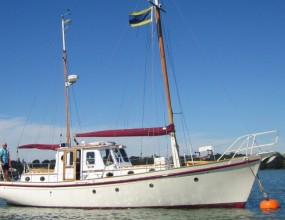 Sole Bay motorsailer, 35ft Porter and Haylett of Wroxham