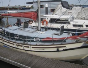 Spray 28, GRP Gaff cutter, 1999