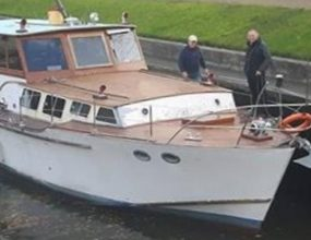 14.6m ex Naval Motor Launch, houseboat…