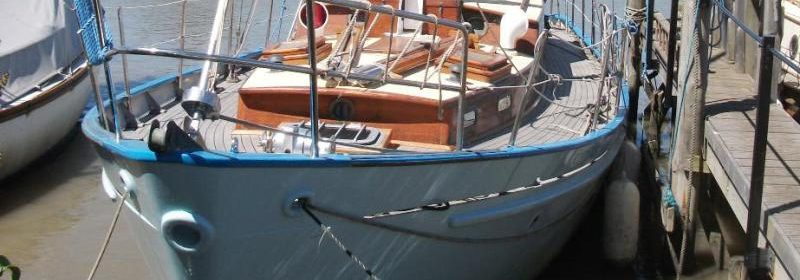 35ft Classic J Francis Jones Teak motor sailor, twin engines, ketch rig