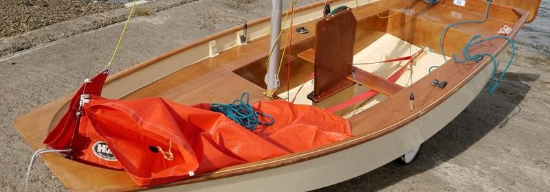 "9ft 6ins Mirror sailing dinghy, ""AS NEW"" with ""combi"" trailers."