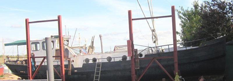 50ft Steel Dutch motor barge, Under Refit.