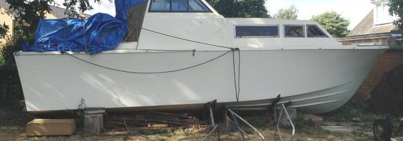 28ft Colvic Traveller Motor Cruiser. a total project with new engine.