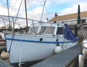 24ft  Fishing motor boat, wooden river cruiser