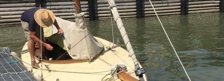 18ft GRP open Gaff rigged day boat